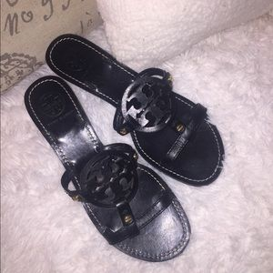 Tory Burch Black Leather Logo Thong Sandals